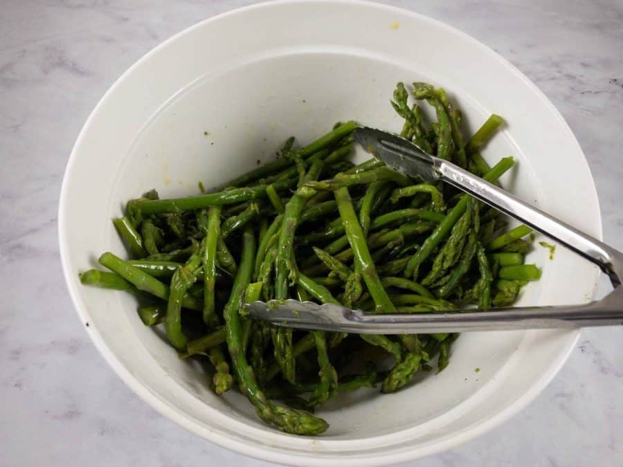 MIXING ASPARAGUS WITH DRESSING