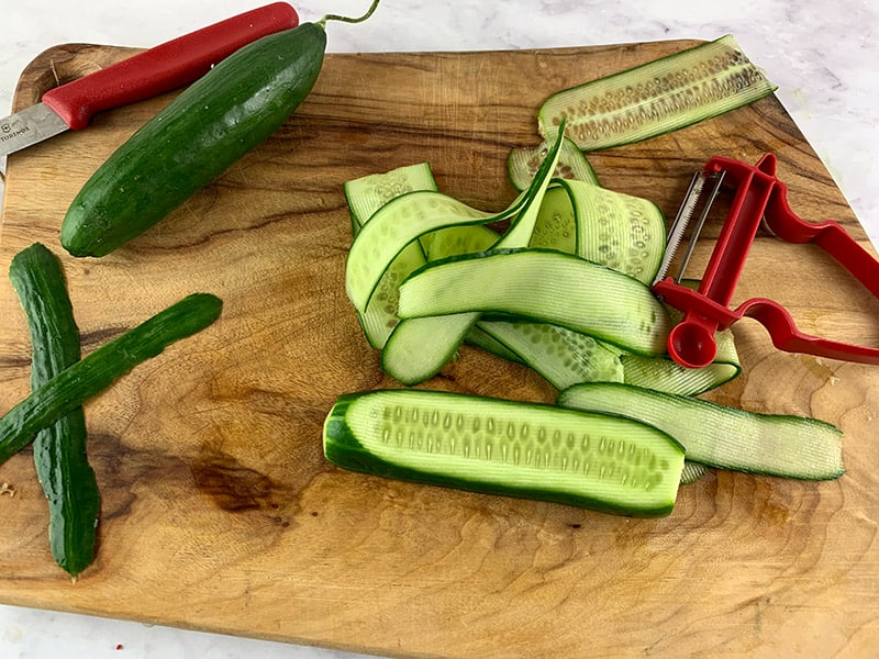 SLICING-CUCUMBER-RIBBONS