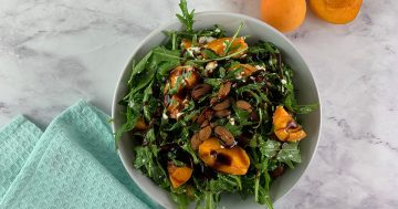 Rocket Salad with Raw Apricots & Feta