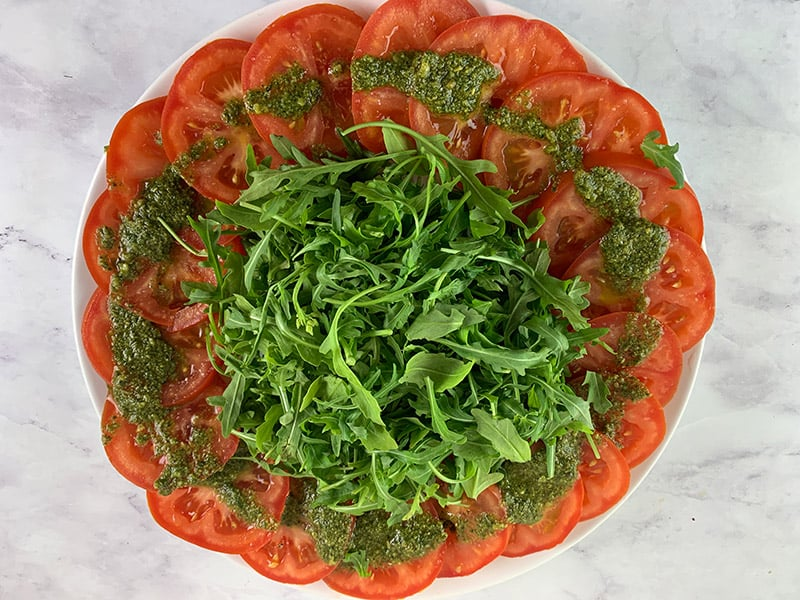 SLICED-TOMATO-AND-ROCKET