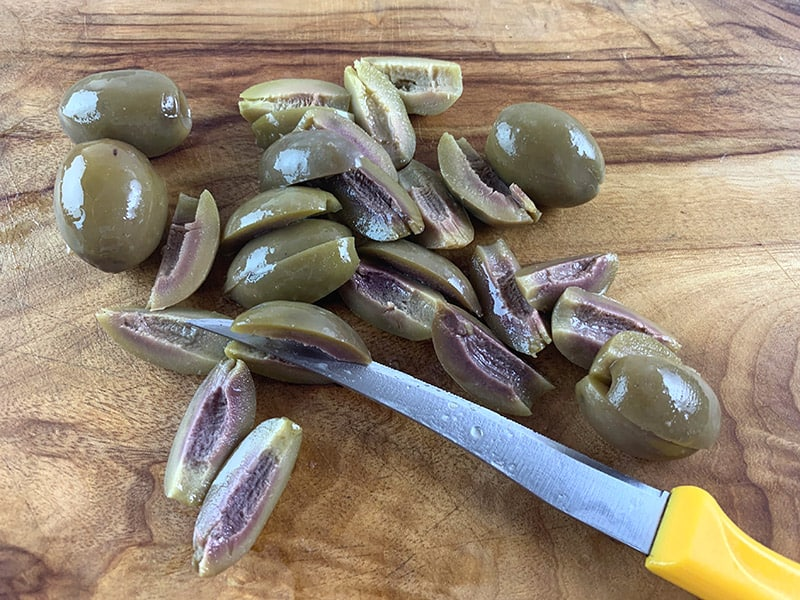 SLICING-GREEN-OLIVES