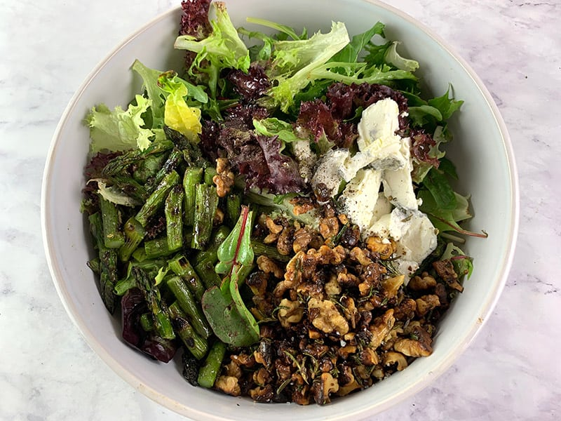 09-INGREDIENTS-FOR-BBQ-ASPARAGUS-SALAD-IN-BOWL