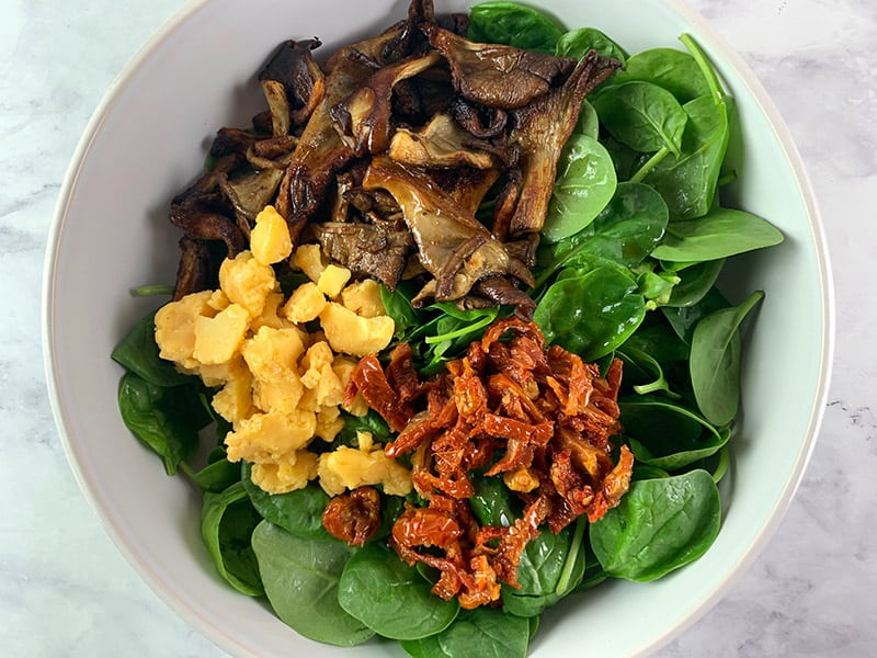 09-INGREDIENTS-IN-BOWL-FOR-SMOKy-MUSHROOM SALAD