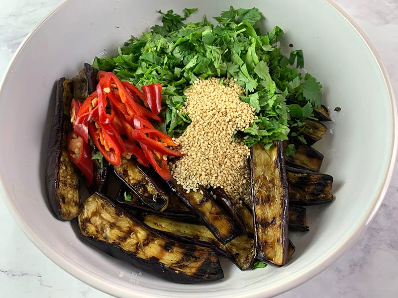 INGREDIENTS-IN-BOWL-FOR-JAPANESE-EGGPLANT