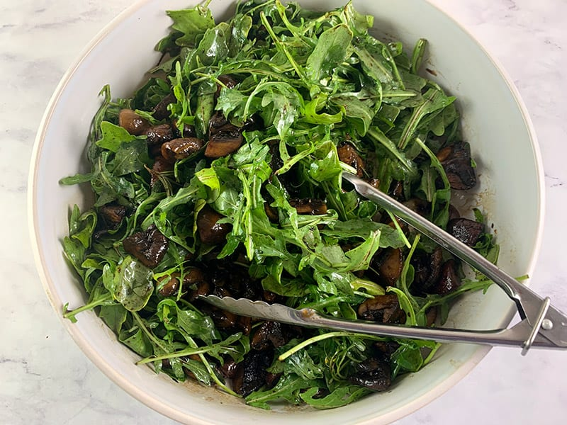 13-MIXING-BALSAMIC-MUSHROOMS-AND-ROCKET