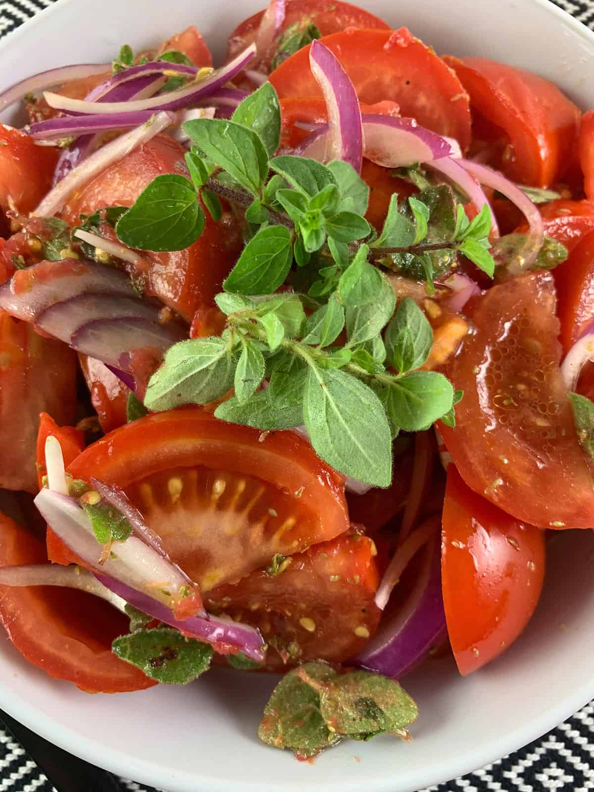 CLOSE-UP-OF-TOMATO-SALAD