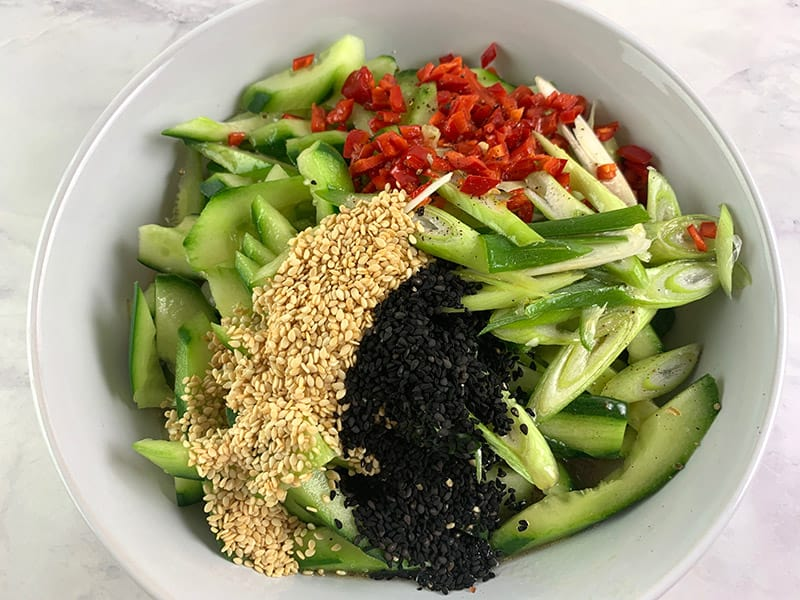 INGREDIENTS-IN-BOWL-FOR-CHINESE-CUCUMBER-SALAD