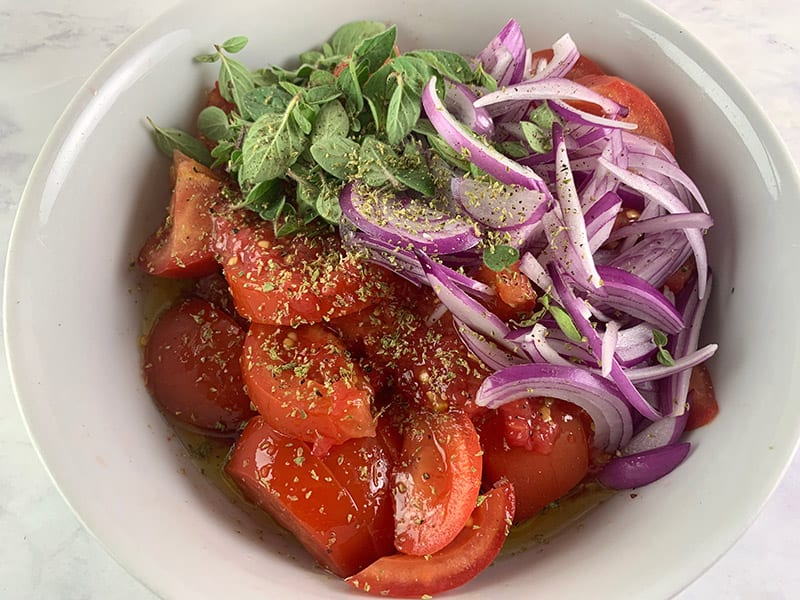 TOMATO-SALAD-INGREDIENTS-IN-BOWL