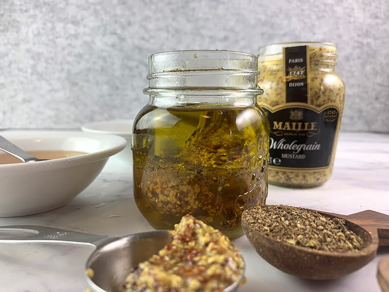 HONEY-MUSTARD-DRESSING-INGREDIENTS-IN-JAR