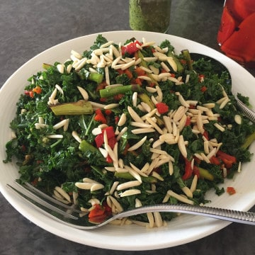 GRILLED-ASPARAGUS-&-KALE-SALAD-LAND