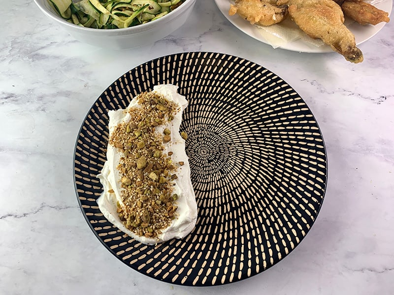 22-SMEARING-LABNEH-ON-PLATTER-WITH-DUKKAH