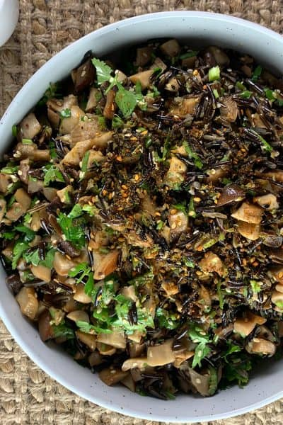 WILD-RICE-SALAD-FEATURED IMAGE IN LANDSCAPE