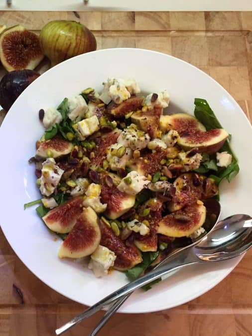 ARUGULA FIG SALAD WITH CREAMY GORGONZOLA
