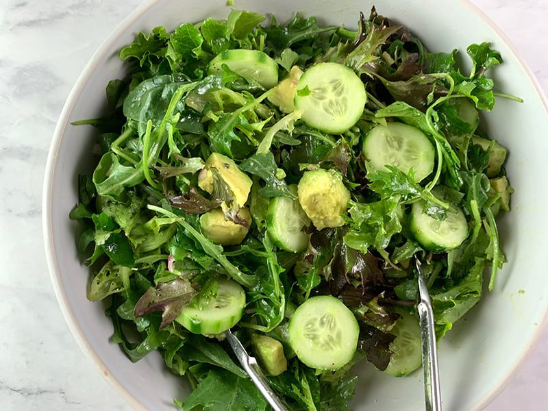 TOSSING FRENCH GREEN SALAD